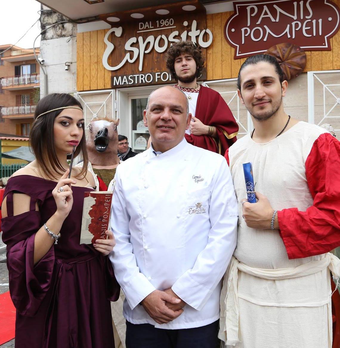 Costumi d'epoca e Carmelo Esposito